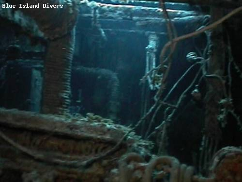 claiborn_wreck_diving_st_th.jpg