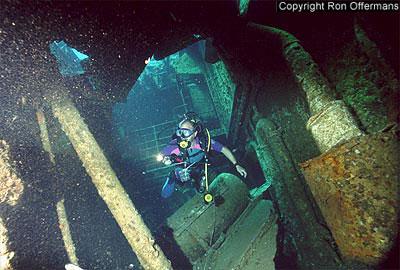 divingwreck_chrisoula.jpg