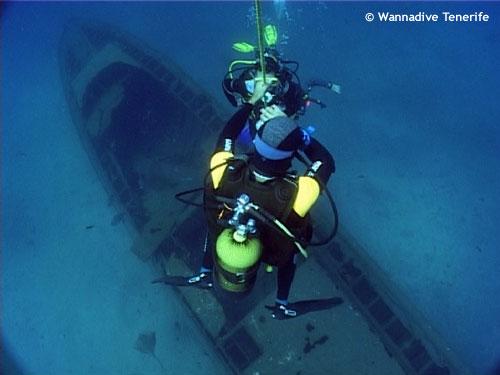 aquario_ship_wreck.jpg