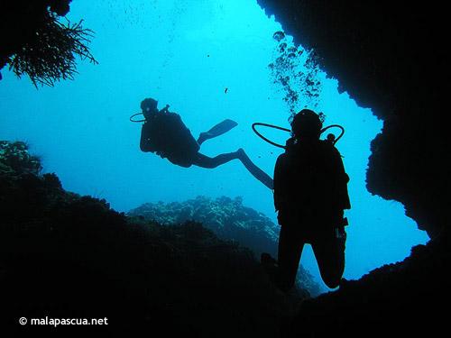 gato_island_cave_tunnel.jpg